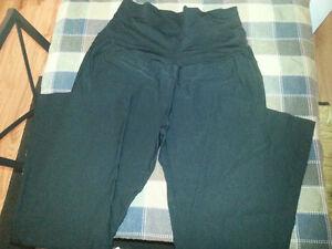 Lot of 7 Maternity Pants XL/2X $65 Edmonton Edmonton Area image 8