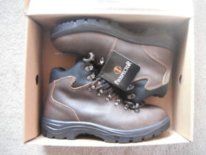 NEW Prospector men's Leather Boots (brown) *size 8