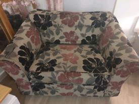 M&S Love Chair