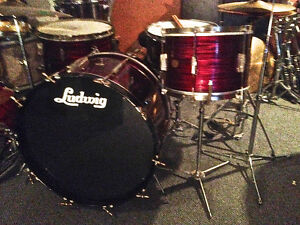 Recherche vieux drums/ looking for old drums and cymbals