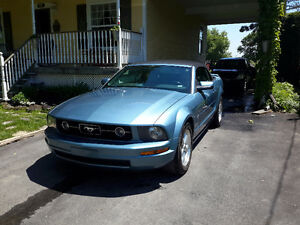 2007 Ford Mustang Convertible (2 portes)