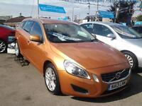 2013 VOLVO V60 D3 [136] SE Lux Leather