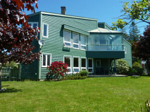 Breath taking Harbor Front 3 Bedroom 2 Bath . Chester NS