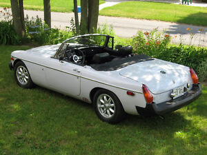 1975 MGB ROADSTER CONVERTIBLE BEAUTIFUL CONDITION
