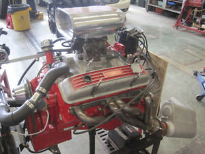 Small Block Chev cylinder heads and Intake