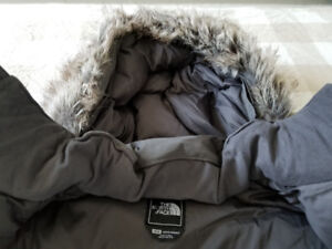 "North Face Mcmurdo Parka ""M"" - New!"