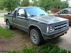 1993 Chevrolet S-10 TAHOE 4X4 SHORTBOX