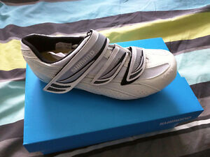 Souliers/Shoes type SPD Shimano WR35 Taille/Size EU40