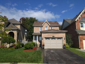 Waterdown detached home for rent - 3 BDRM - Great Location
