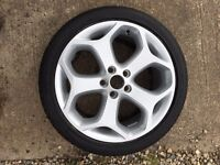 Genuine Ford Focus st alloy wheel and tyre
