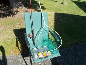 Zebco 5 1/2 ft FG Fishing Rod & Reel & Fish Net & Tackle Box