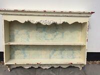 Shabby Chic style shelves
