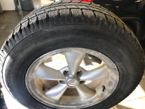 245/65r17 TOYO OBSERVE 9/32 MAGS FORD HIVER 5X108