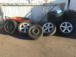 Pirelli 195 65 r15 winters on rims Bridgestone 205 55 r16 on rim