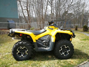 Low Milage 2015 Can Am Outlander XT 500