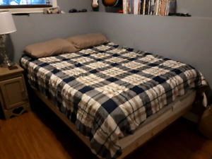 Double bed & rails (sold ppu)