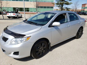 2010 TOYOTA COROLLA CE. BASE. AUTO.  NICE AND CLEAN. RUNS NEW $