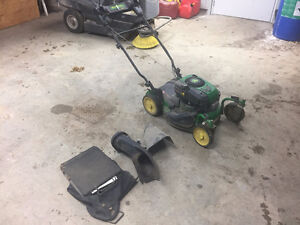 John Deere JS45  Mowmentum Lawnmower