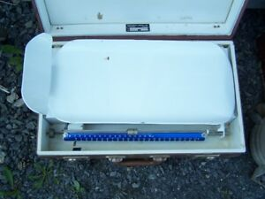 VINTAGE MIDWIFE / DOCTOR BABY SCALE IN CASE FOR HOMECARE