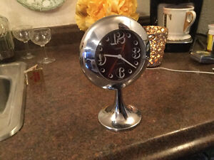 PRICE REDUCED! Cool vintage alarm clock
