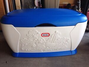 Little tikes toy chest.