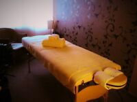✦ Amazing 2 and 4 Hands massages ✦