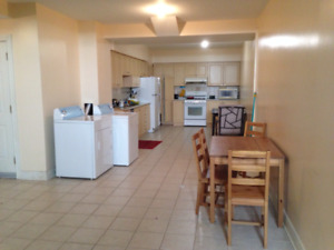 Spacious Room available near Algonquin College and Merivale!