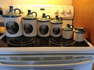 6 piece Cermaic Canister Set