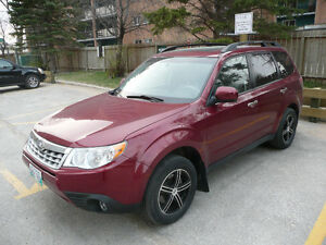 2011 Subaru Forester X Touring SUV - big sunroof