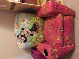 Minnie Mouse recliner
