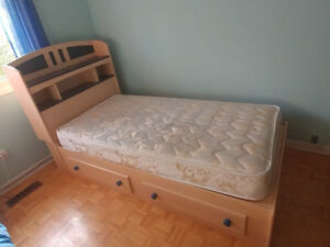 Kids bed and mattress