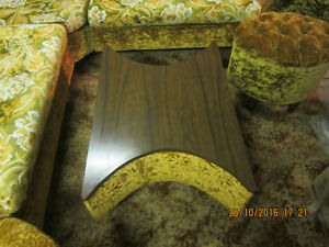 ORIGINAL 1970'S SECTIONAL COUCH WITH TABLE. Regina Regina Area image 9