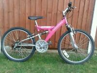 Full Suspension Girls/Ladies Mountain Bike in Excellent Condition