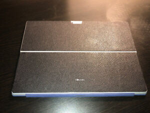 Great condition Microsoft Surface Pro 3 bundle for sale
