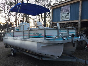 WHAT? A TRITOON YOU SAY? *Reduced* JC Tritoon Pontoon Boat