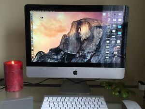 """2010 21.5"""" iMac with trackpad and mouse"""