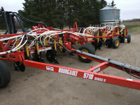2008 Bourgault 5710 59 Ft Air Drill and 6450 TBH Tank