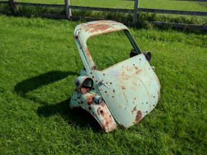 1950s BMW Isetta front end