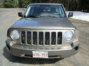 2008 Jeep Patriot SUV, Crossover