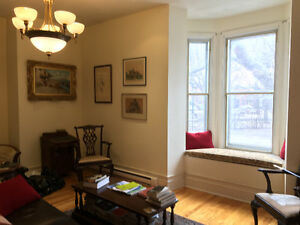 St Henri 2-bedroom facing park,