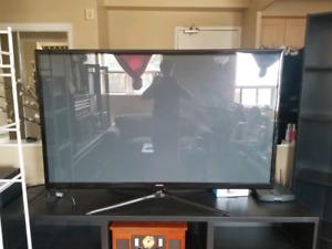 """Samsung 60"""" plasma TV, comes with chrome cast"""