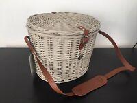 New picnic or storage basket