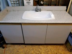 Bathroom reno items