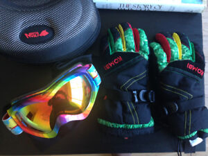 Ladies/Kids Ski/Snow gloves and goggles