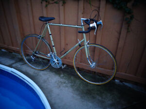 """Price reduced:  Raleigh 25"""" Criterum Road Bike from the 70's..."""