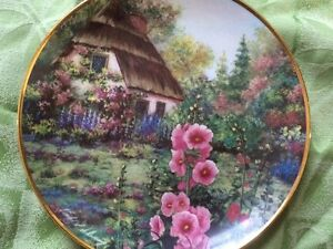 Two Beautiful Franklin Mint Heirloom Collector Wall Plates