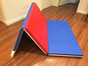 Gymnastics mat excellent condition