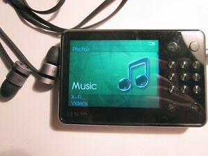Zen X-Fi MP3 Player by Creative (High quality with Headphones)