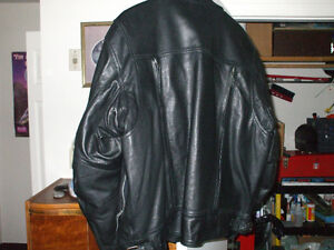 Never worn XXL leather motorcycle jacket Stratford Kitchener Area image 4