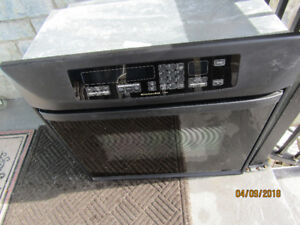 wall mounted oven, Glass front like new
